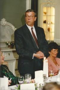 Van Kessel bij een bestuursdiner; mevr. Kymmell